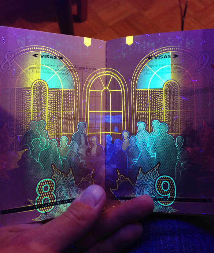 new-canadian-passport-uv-light-images-8