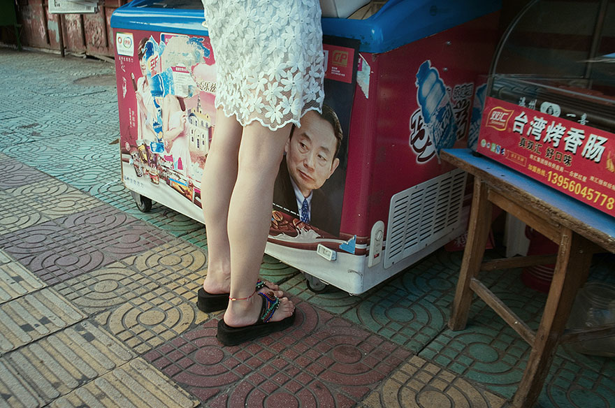 self-taught-perfectly-timed-street-photography-china-tao-liu-2