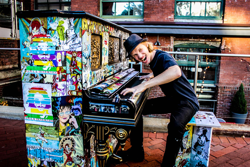 street-pianos-play-me-im-yours-project-cambridge__880
