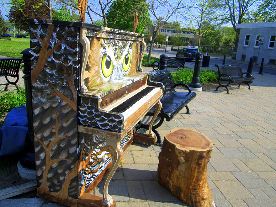 street-pianos-play-me-im-yours-project-cobourg__880