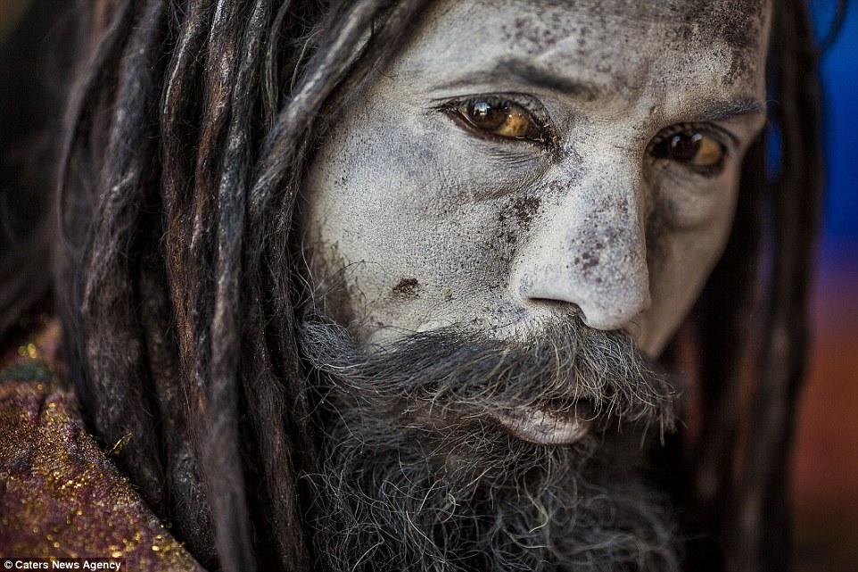 cannibali-india13