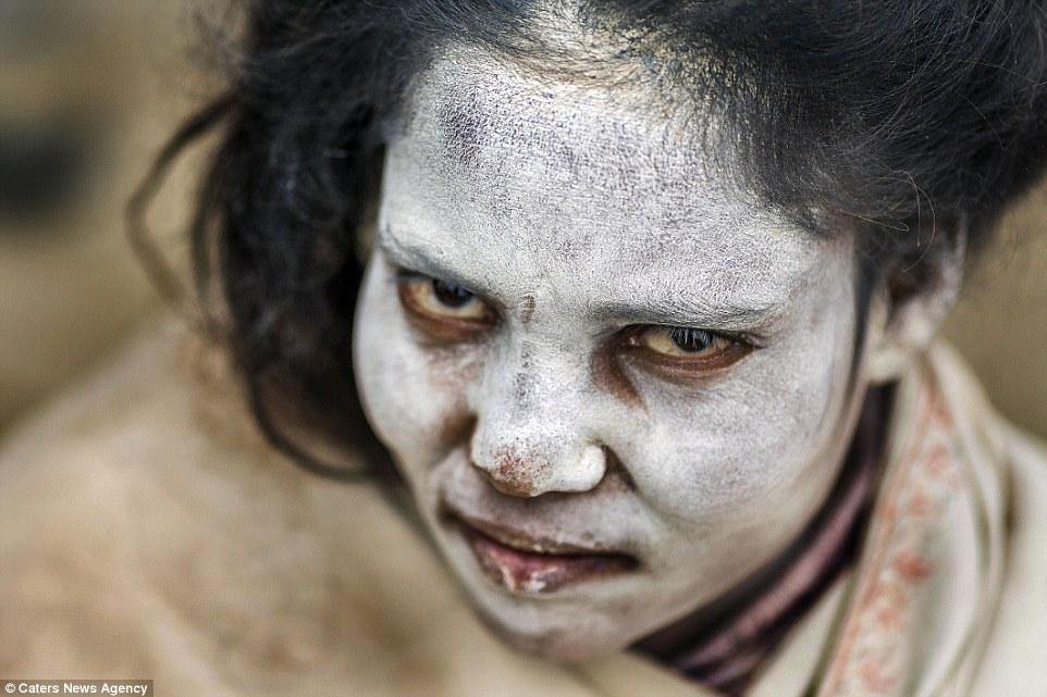 cannibali-india14