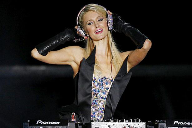 i talenti di Paris Hilton