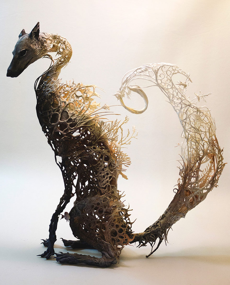 surreal-animal-sculptures-ellen-jewett-2