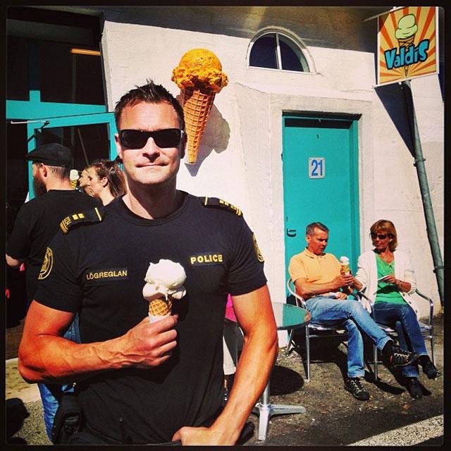 instagram-police-islanda2
