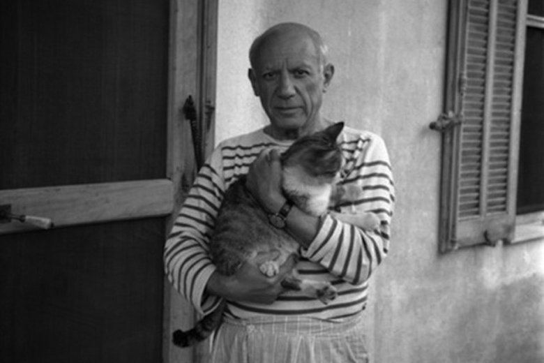 intimate-portraits-of-iconic-artists-and-their-cats-in-new-book-2