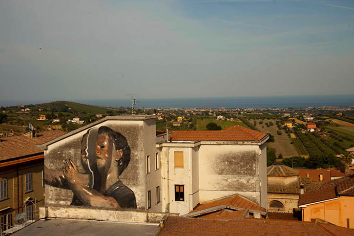 axel-void-mosciano-italy-mural-06