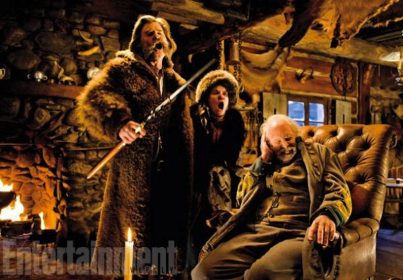 hateful-eight-image-bruce-dern-jennifer-jason-leigh-kurt-russell-600x4171-810x563