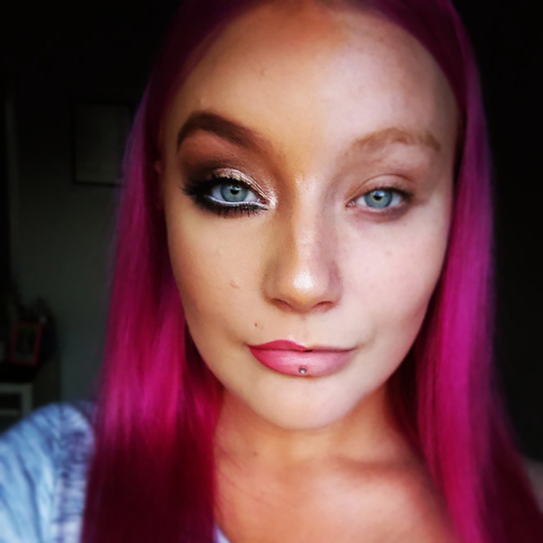 power-of-makeup-selfies-half-face-trend-13__605