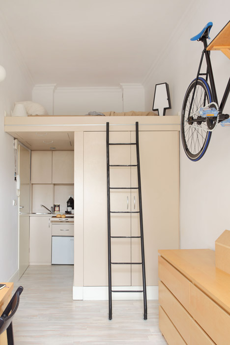 13sqm-by-Hanczar-Studio_dezeen_468_5