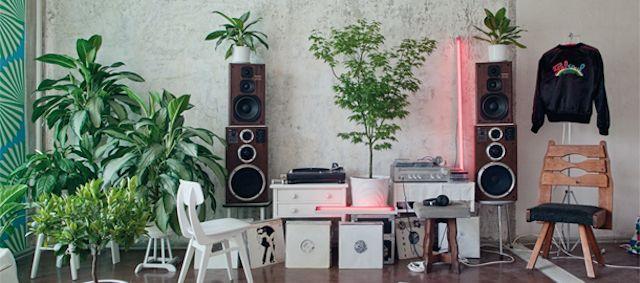 groove-DJ-chambre-Daniel-Wang-640x283