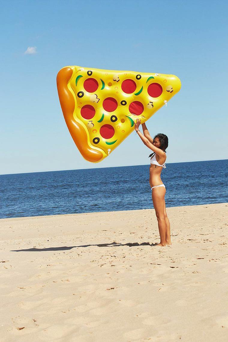 inflatable-pizza-1