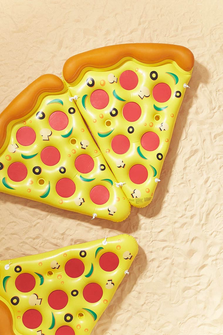 inflatable-pizza-3