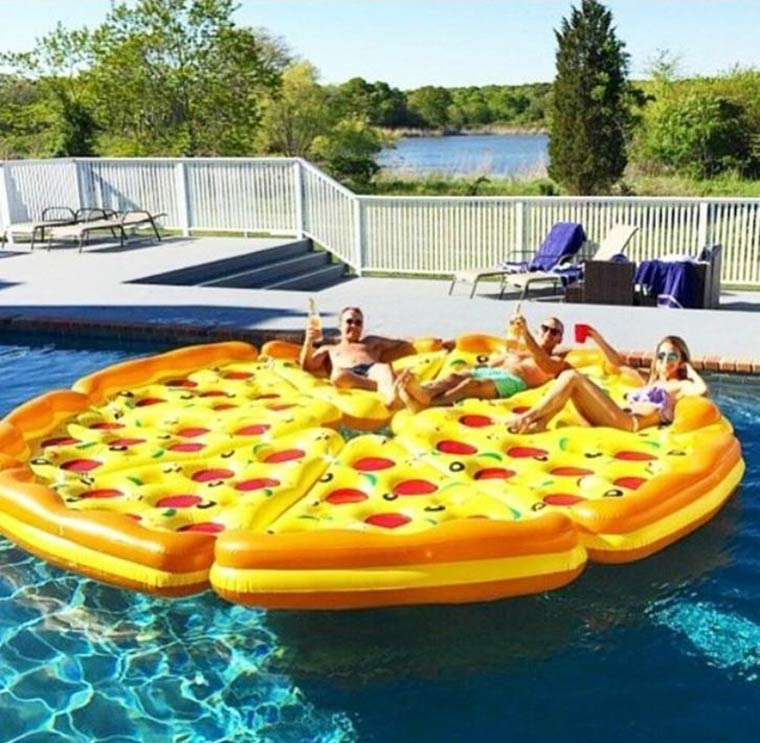inflatable-pizza-6