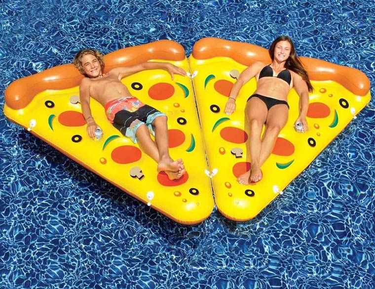 inflatable-pizza-8
