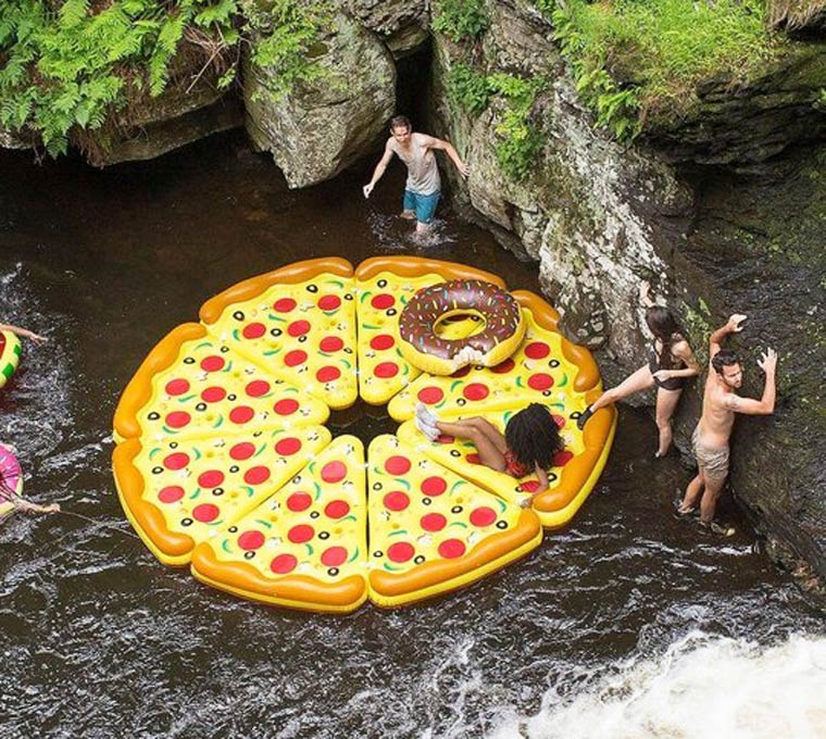 inflatable-pizza-9