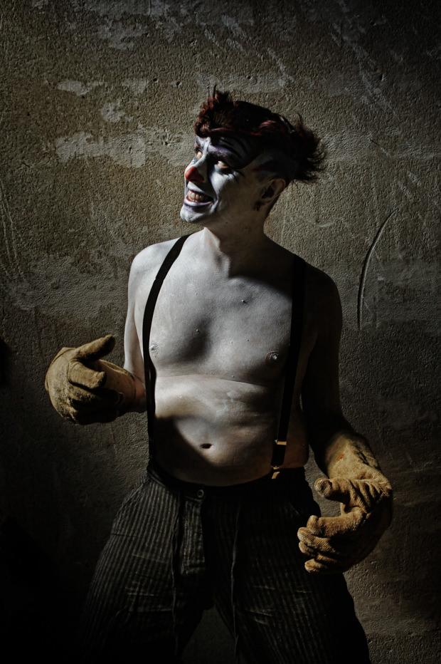 Portfolio_Clownville_jugglernaut_2