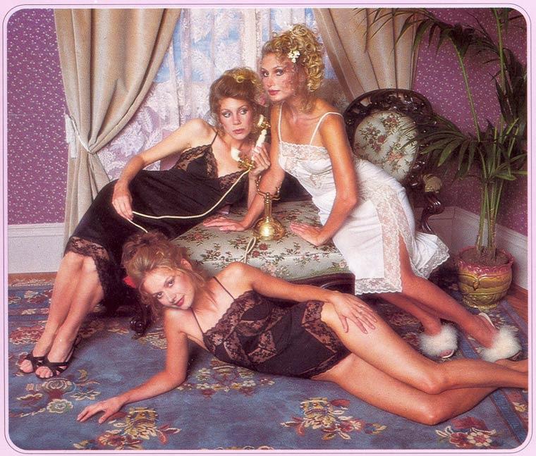 Victoria-Secret-vintage-catalog-1979-2