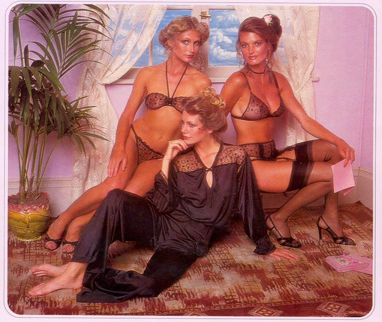 Victoria-Secret-vintage-catalog-1979-4