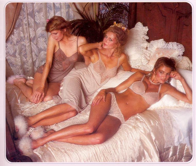 Victoria-Secret-vintage-catalog-1979-5