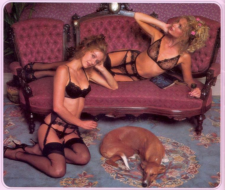 Victoria-Secret-vintage-catalog-1979-7