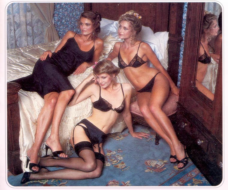 Victoria-Secret-vintage-catalog-1979-9