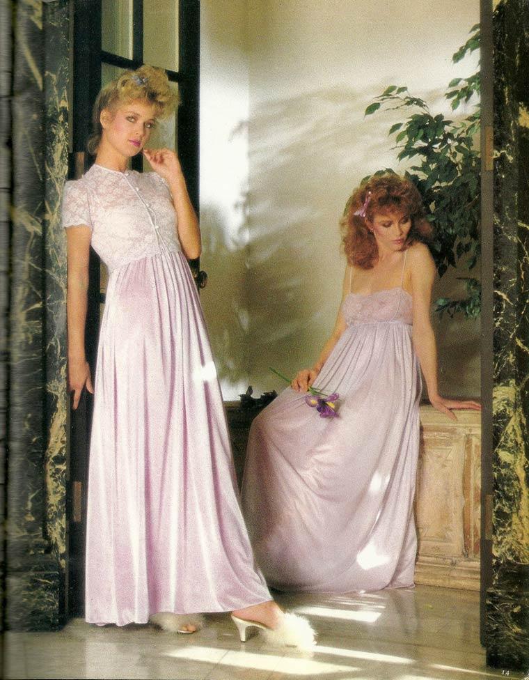 Victoria-Secret-vintage-catalog-1982-7