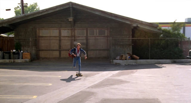 what_some_of_the_back_to_the_future_locations_actually_look_like_now_640_03