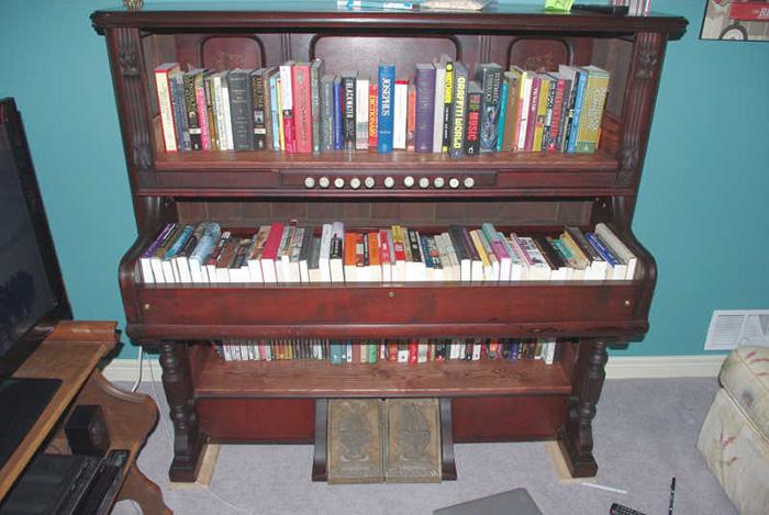 creative-bookshelf-13__700