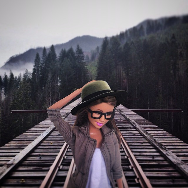 instagram-barbie-hipster-6