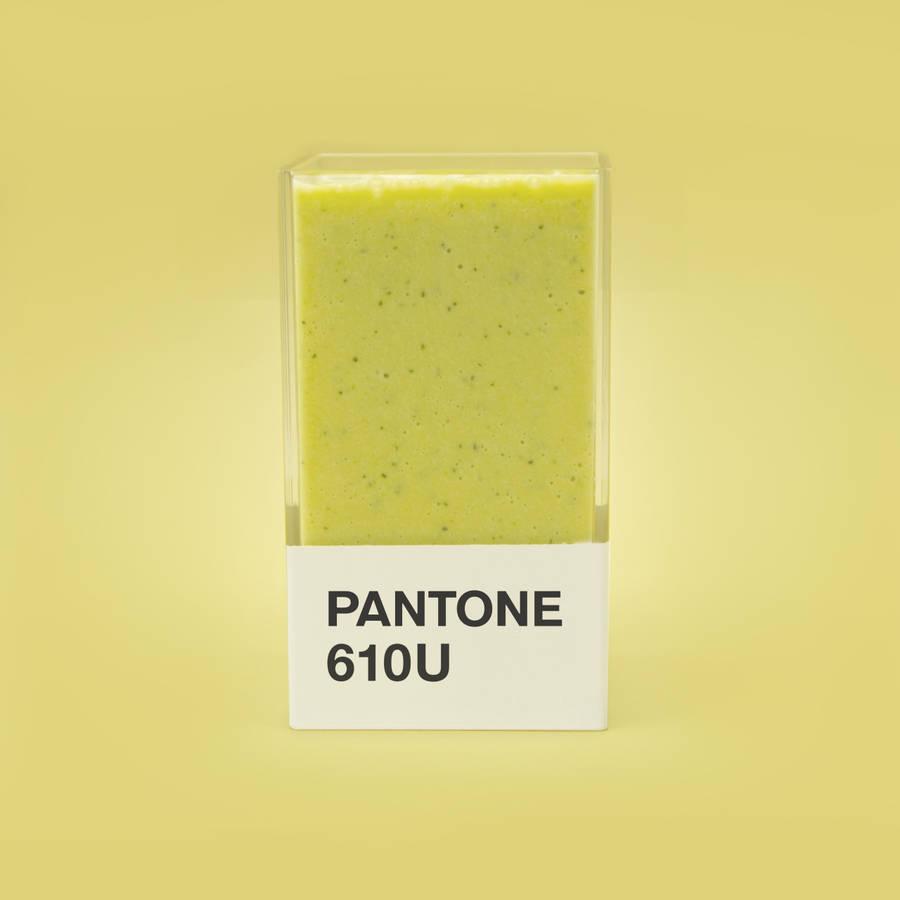 pantonesmoothies-1-900x900