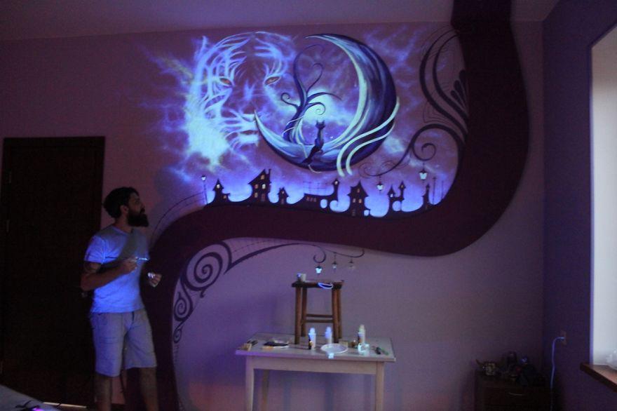 Quando si spengono le luci questa camera da letto si - Murales camera da letto ...
