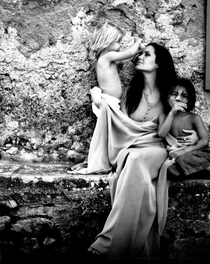family-photos-brad-pitt-angelina-jolie-51