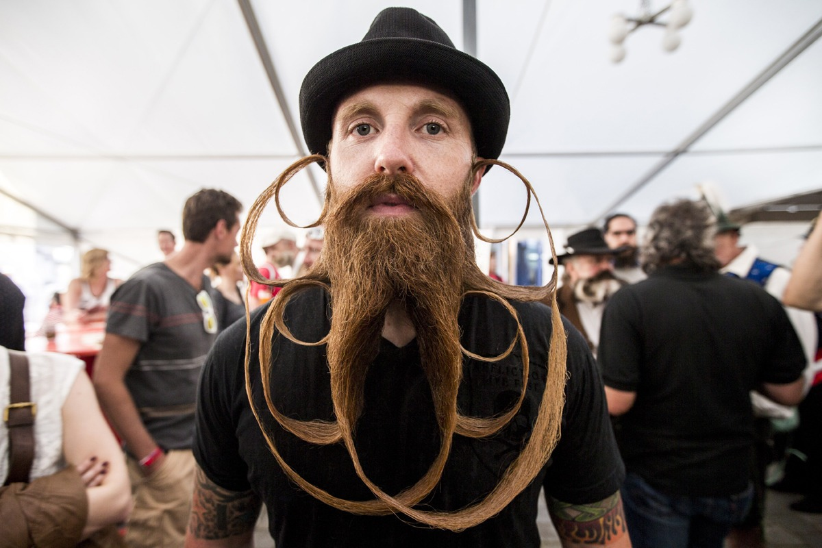 Mustache01