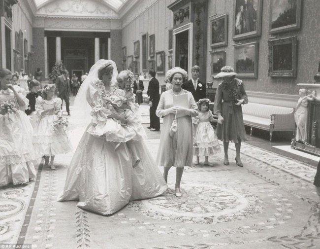 il giorno del matrimonio tra Diana e Carlo (1981)