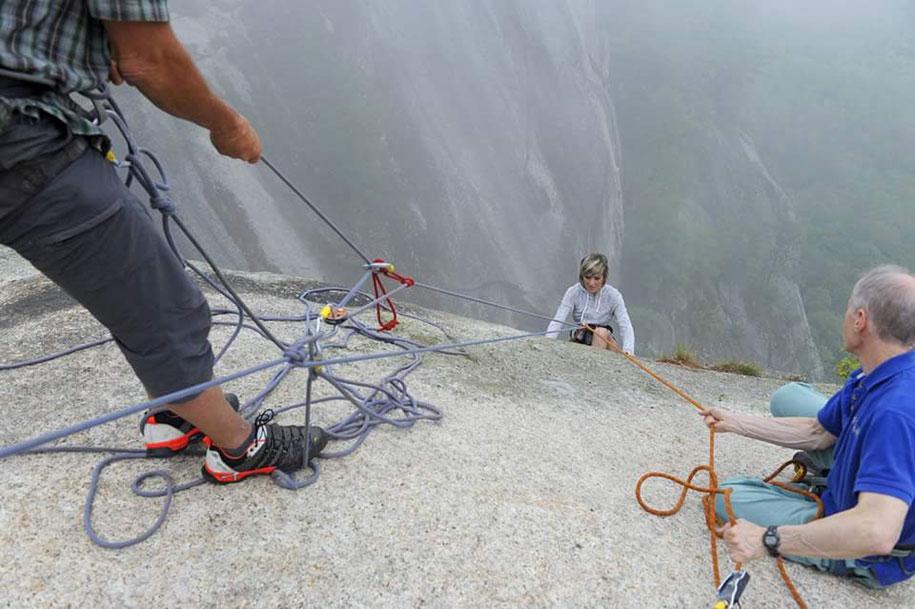 extreme-wedding-350ft-cliff-photography-jay-philbrick-249