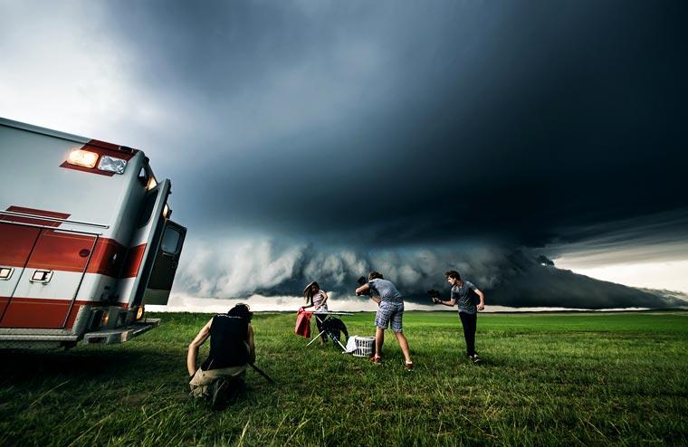 Stormchasing-Benjamin-Von-Wong-1