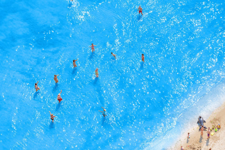 Aerial-Photographs-of-Vacationers-in-the-Adriatic-Sea1-900x600