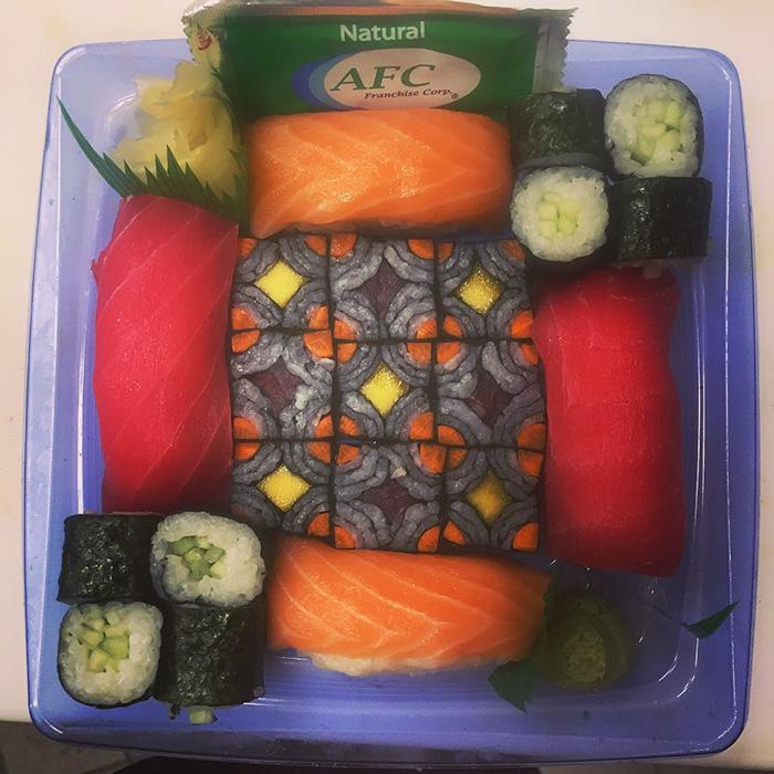 mosaic-sushi-1-57bfe914927a6__700