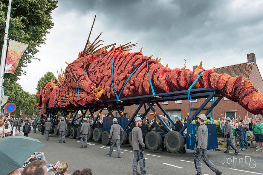 flower-sculpture-parade-corso-zundert-2016-netherlands-41