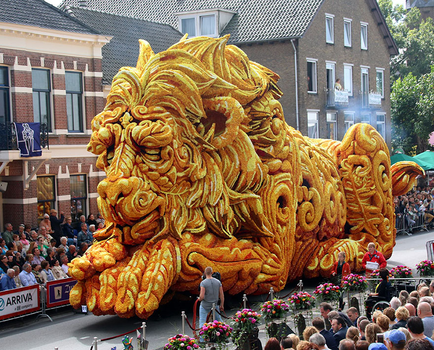 flower-sculpture-parade-corso-zundert-2016-netherlands-61