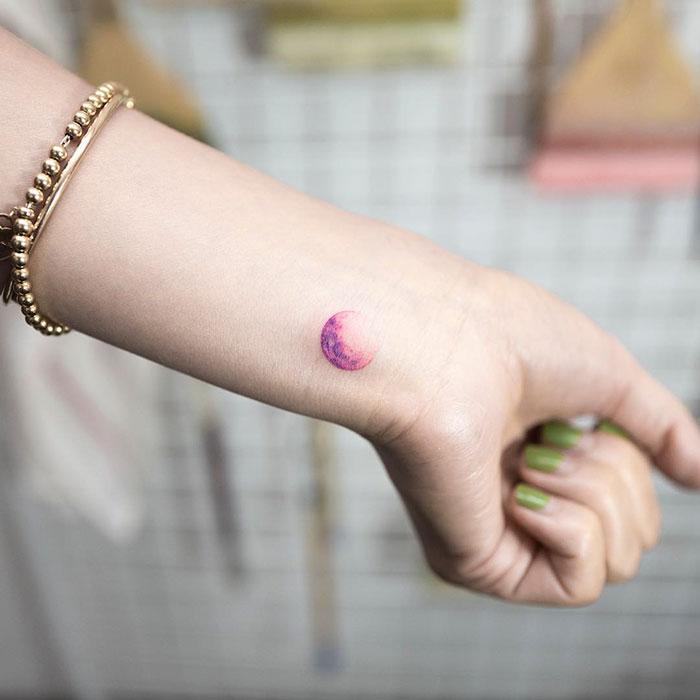 minimalist-tattoo-hongdam-korea-77-57e3a8b927f92__700
