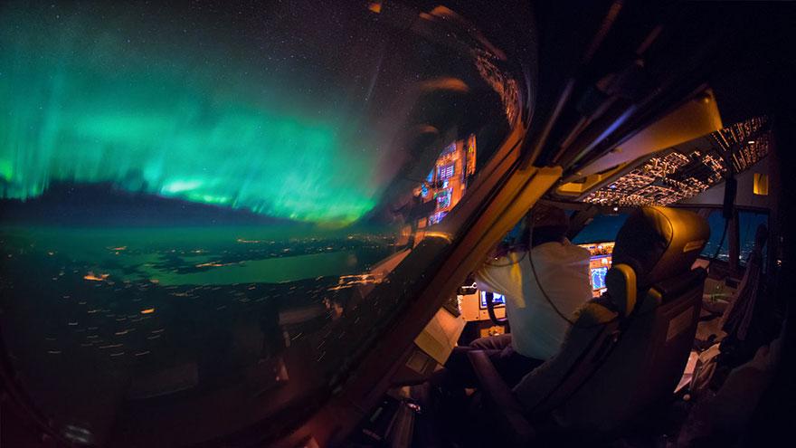 storm-sky-photography-airline-pilot-christiaan-van-heijst-12-57eb6807500d2__880