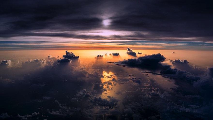 storm-sky-photography-airline-pilot-christiaan-van-heijst-7-57eb67fb0fde8__880
