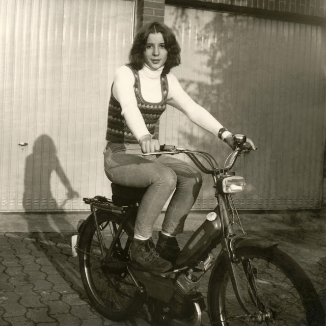 Vintage Young Girls Riding on Motorbikes (4)
