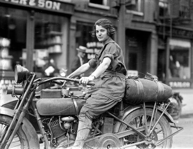 Vintage Young Girls Riding on Motorbikes (6)