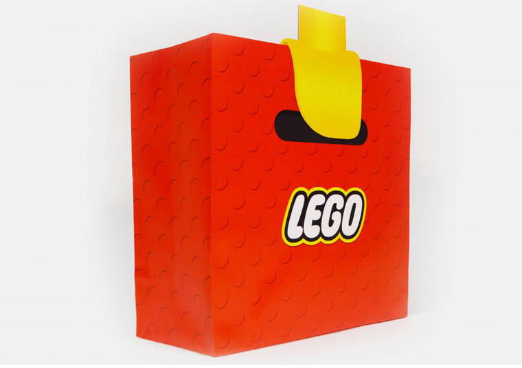 lego-bag-illusion-2