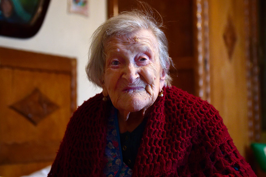 woman-born-1899-celebrate-117th-birthday-emma-morano-1