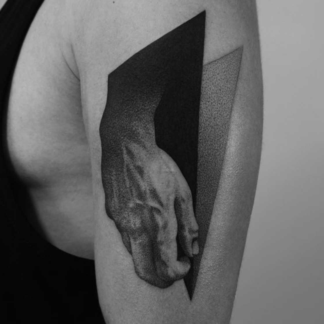 dotyk-dotwork-tattoo-11