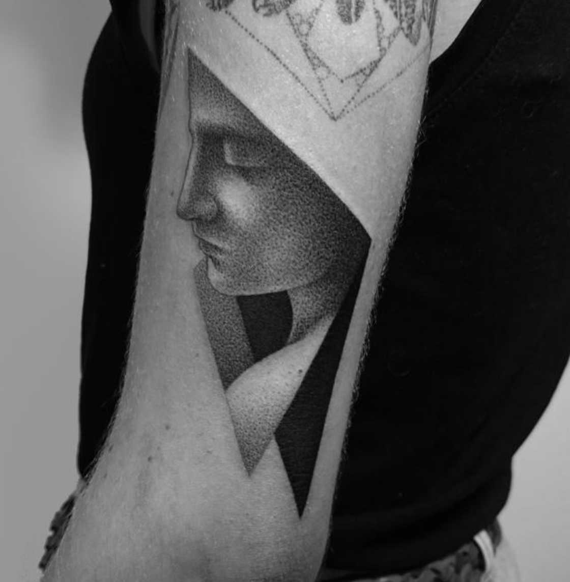 dotyk-dotwork-tattoo-21